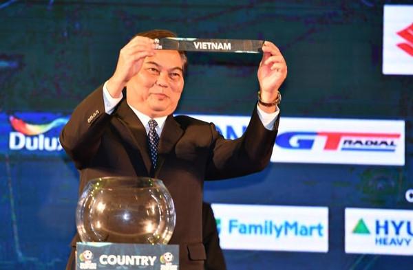 Tuyen Viet Nam da 2 tran san khach o vong bang AFF Cup 2018 hinh anh 1