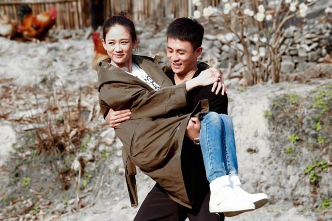 Xon xao tin 'Dong Phuong Bat Bai' Tran Kieu An sap cuoi dan em hinh anh 3