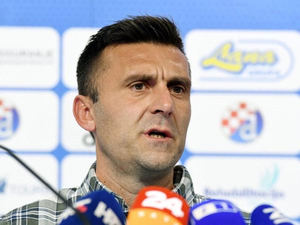 HLV của CLB thành công nhất Croatia lại bị côn đồ truy đuổi