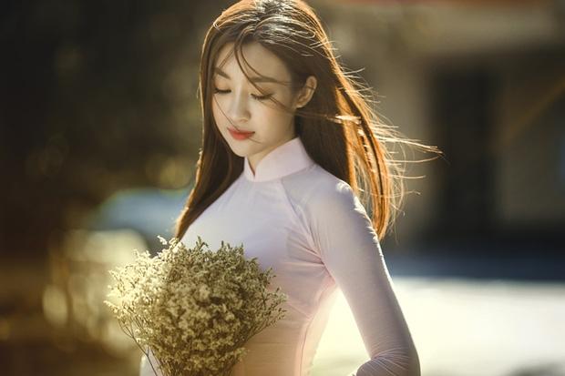 Bị chê nhạt nhưng Mỹ Linh lại là người đẹp nổi bật nhất của Việt Nam tại đấu trường nhan sắc quốc tế - Ảnh 4.