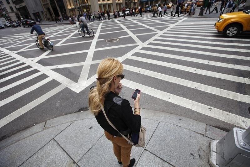Chung nghien smartphone: Can benh cua thoi dai hinh anh 1