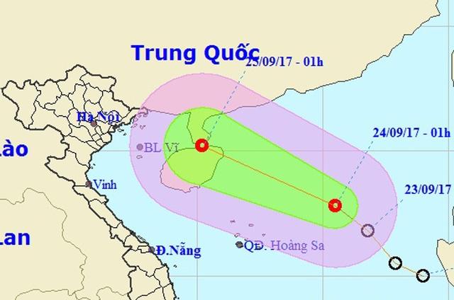 Áp thấp nhiệt đới đang di chuyển về khu vực Bắc Vịnh Bắc Bộ (Ảnh: NCHMF).