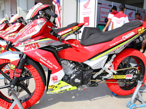 Honda Winner 150 bản xe đua của tay lái Việt