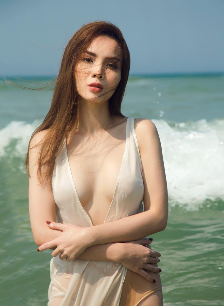 5 moi tinh on ao cua Cuong Do La va nguoi dep showbiz Viet hinh anh 14