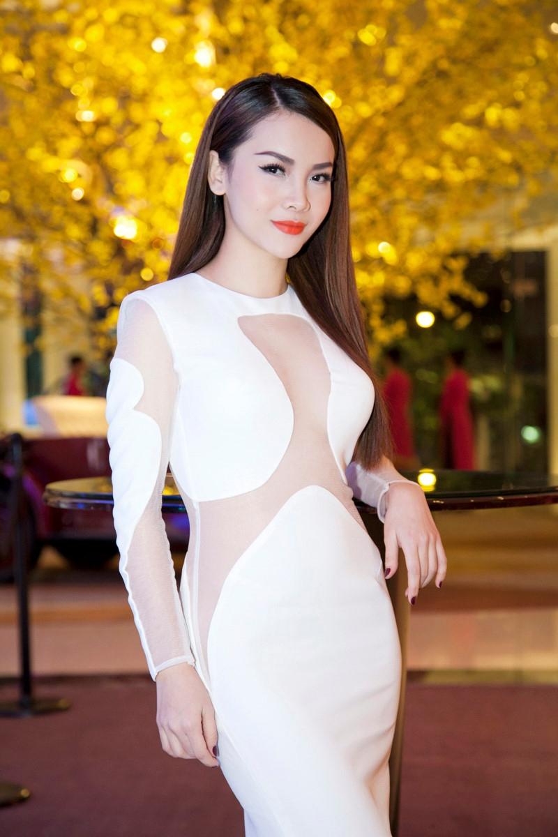 5 moi tinh on ao cua Cuong Do La va nguoi dep showbiz Viet hinh anh 15