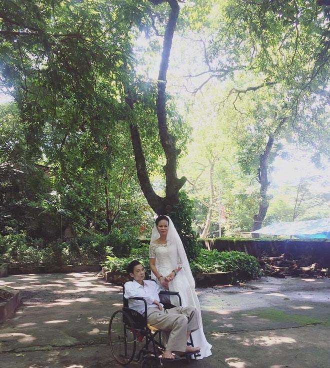 Câu chuyện đằng sau tấm ảnh cưới của đôi vợ chồng già khiến nhiều người xúc động - Ảnh 1.