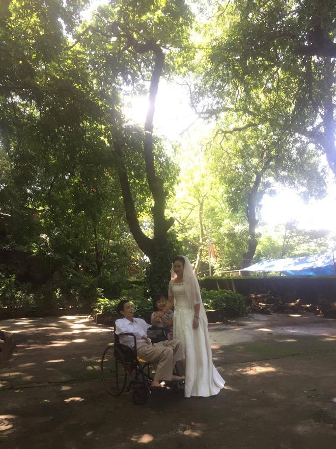 Câu chuyện đằng sau tấm ảnh cưới của đôi vợ chồng già khiến nhiều người xúc động - Ảnh 2.