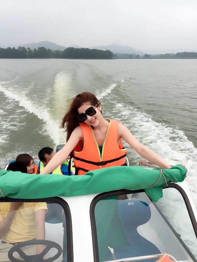 Cuộc sống hưởng thụ của Trần Hương - cô vợ hot girl đang nắm giữ trái tim Việt Anh Người phán xử - Ảnh 13.