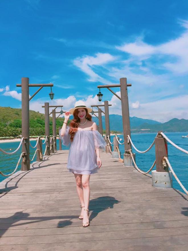 Cuộc sống hưởng thụ của Trần Hương - cô vợ hot girl đang nắm giữ trái tim Việt Anh Người phán xử - Ảnh 15.