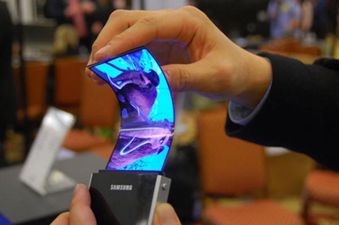 Galaxy X với màn hình gập của Samsung sẽ ra mắt ngay trong năm nay?  /// Ảnh: AFP