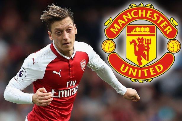 Mesut Ozil tính đào tẩu khỏi Arsenal để sang MU