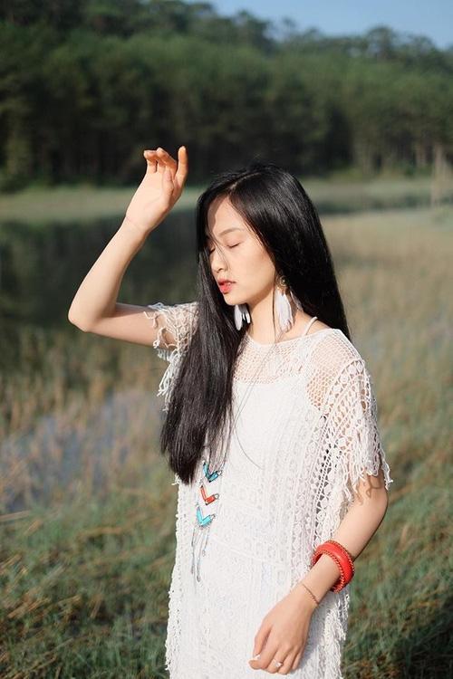 Nàng thơ mới của dân mạng Việt: Cô gái 22 tuổi dịu dàng với mái tóc đen và đôi mắt buồn - Ảnh 6.