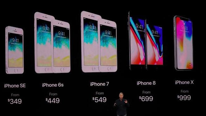 iPhone 8 có giá từ 699 USD, rẻ hơn nhiều so với giá khởi điểm 999 USD của iPhone X  /// Ảnh: AFP