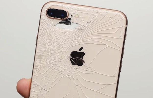 Nguoi dung co the hoi tiec neu mua iPhone 8 hinh anh 1