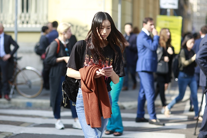 street-style-thanh-lich-don-gian-phu-song-milan-fashion-week-12