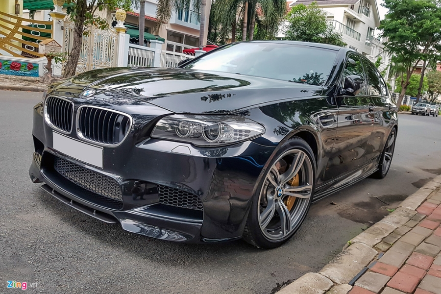 BMW M5 duy nhat VN xuat hien truoc nha Quoc Cuong Gia Lai hinh anh 3
