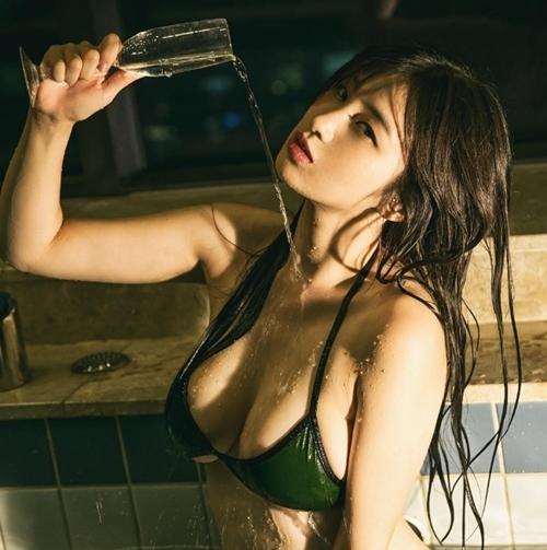 Đây chính là nữ thần mới nổi sở hữu khe ngực đẹp nhất Hàn Quốc - 10