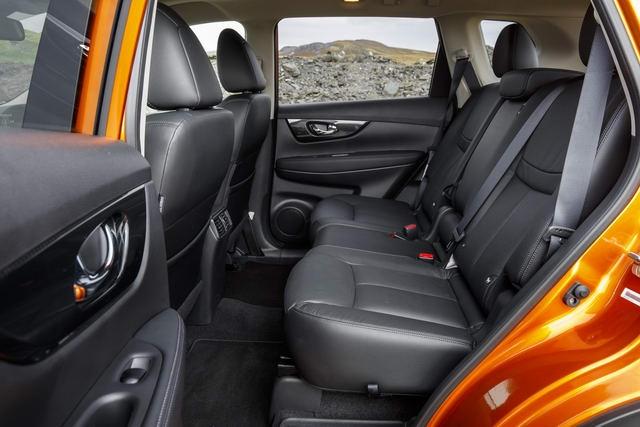 Nissan X-Trail 2018 có giá từ 717 triệu đồng - 3