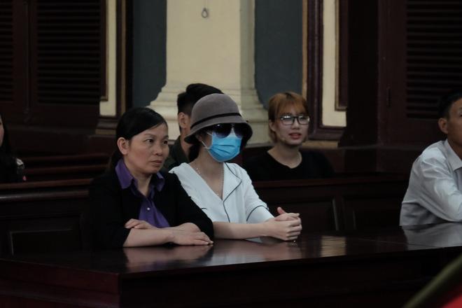 Nữ sinh bị tạt axit ở Sài Gòn kháng án thành công, cô gái chủ mưu lãnh án gần 10 năm tù - Ảnh 6.