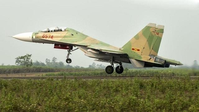 Việt Nam từ chối tiêm kích Su-30K, có quốc gia tá hỏa khi nghe tên khách hàng mới - Ảnh 3.