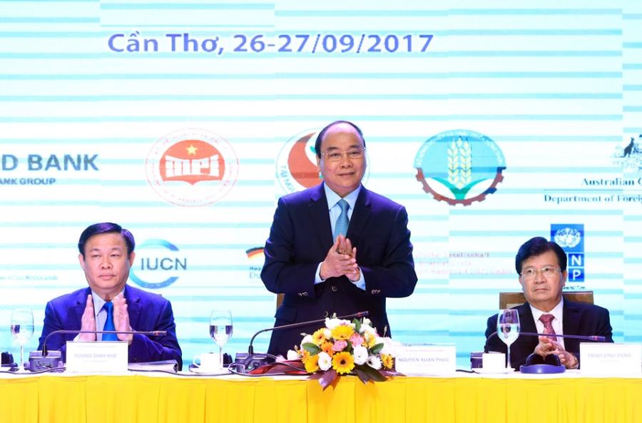 500 dai bieu du 'Hoi nghi Dien Hong' ban quyet sach cho DBSCL hinh anh 2
