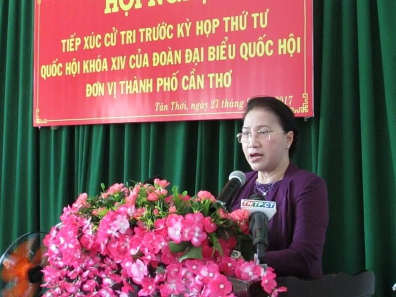 Chủ tịch QH nói về việc 'cách hết chức vụ khi nghỉ hưu' - ảnh 1