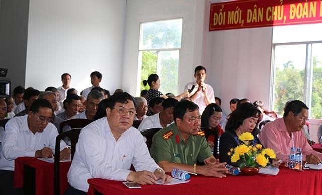 Quang cảnh buổi tiếp xúc cử tri ở huyện Phong Điền, TP Cần Thơ ngày 27/9