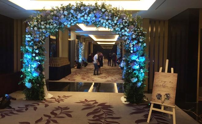 Giám đốc VTV24 Quang Minh xúc động trong lễ cưới với hôn thê kém 10 tuổi - 2