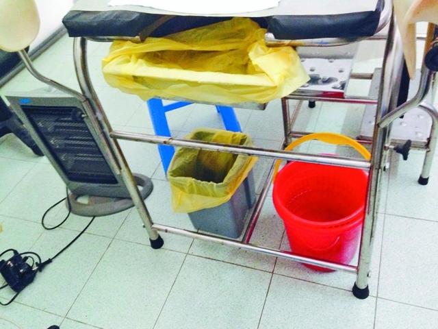 Hà Nội: Chánh thanh tra Sở Y tế trả lời về những túi ni lông đen được vứt ra xe rác từ phòng khám thai - Ảnh 4.