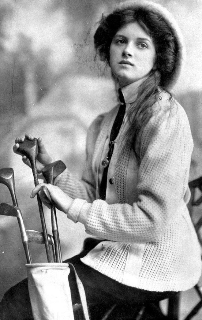 """Hình ảnh dung dị mà đẹp rạng ngời của 13 nàng """"quốc sắc thiên hương"""" từ 100 năm trước - Ảnh 4."""
