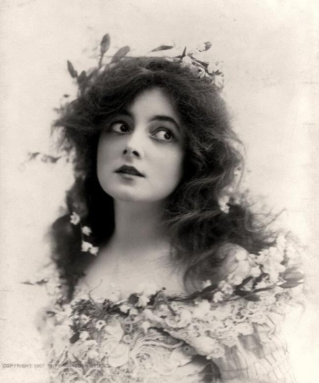 """Hình ảnh dung dị mà đẹp rạng ngời của 13 nàng """"quốc sắc thiên hương"""" từ 100 năm trước - Ảnh 7."""