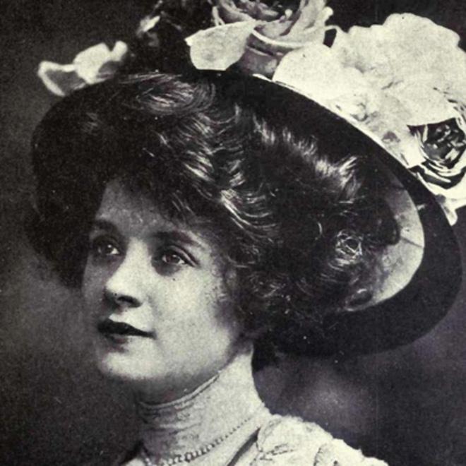 """Hình ảnh dung dị mà đẹp rạng ngời của 13 nàng """"quốc sắc thiên hương"""" từ 100 năm trước - Ảnh 21."""