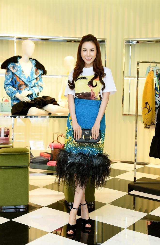 Lộ diện Hoa hậu là đại gia chơi hàng hiệu khét tiếng Việt Nam: Tủ đồ vài chục tỷ! - Ảnh 16.