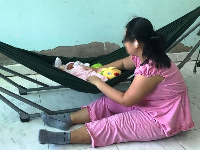 Bé gái 16 tuổi bị anh rể dùng vũ lực để hiếp dâm đã sinh con gái được 10 ngày tuổi - Ảnh 1.
