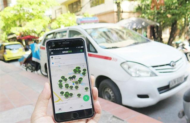 taxi, mai linh, taxi vinasun, taxi truyền thống, uber, grab, cước taxi