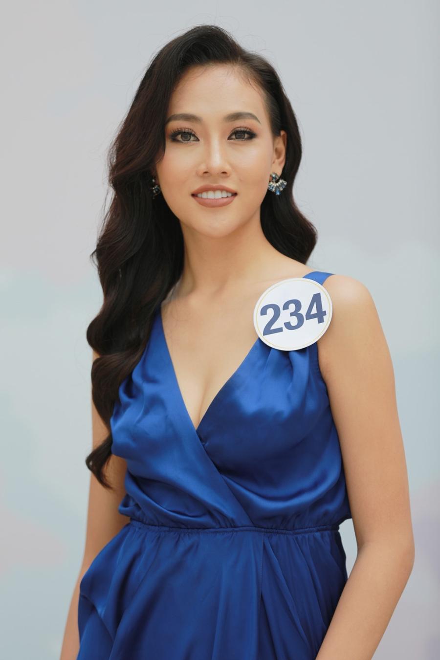 Hoang Thuy vao ban ket Hoa hau Hoan vu Viet Nam 2017 hinh anh 5