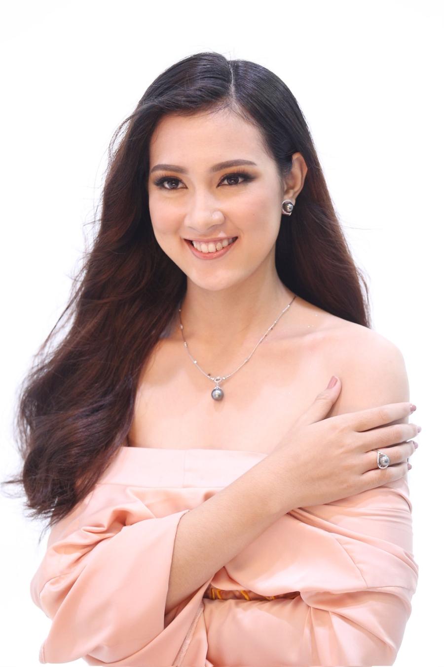 Hoang Thuy vao ban ket Hoa hau Hoan vu Viet Nam 2017 hinh anh 9