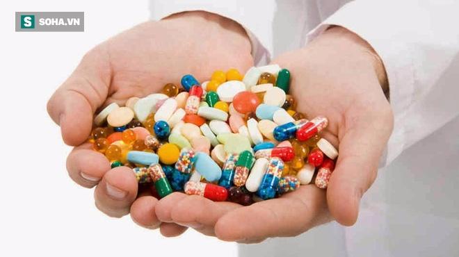 Lạm dụng kháng sinh: Nguy cơ tử vong vì vết xước nhỏ còn nhanh hơn cả ung thư - Ảnh 2.