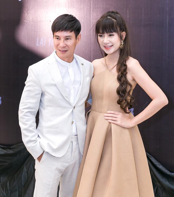 Ly Hai se pha nhieu xe hoi moi trong phim 'Lat mat 3' hinh anh 1
