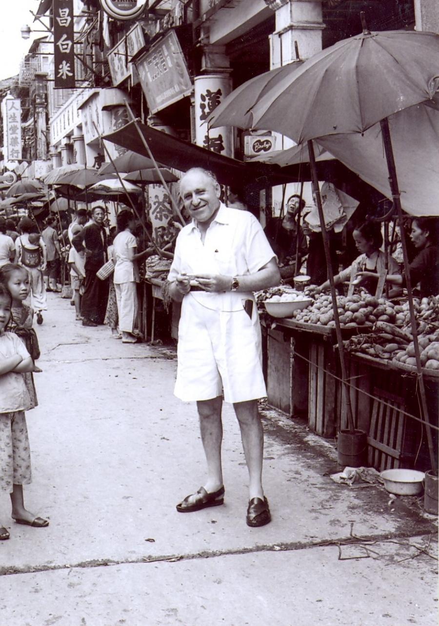 Anh hiem ve Hong Kong thap nien 1950 qua ong kinh nha tai phiet hinh anh 9