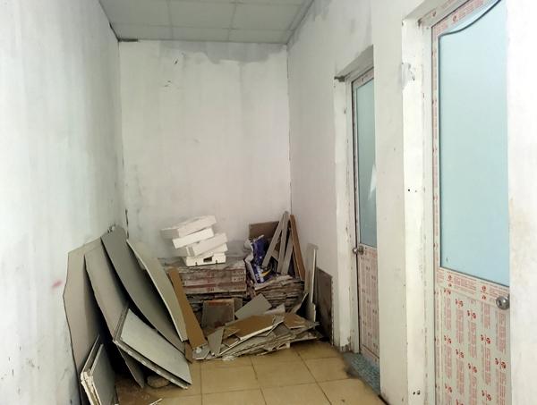 Hà Nội: Hàng nghìn cư dân chung cư lo nơm nớp vì nền bị sụt lún nghiêm trọng - Ảnh 4.