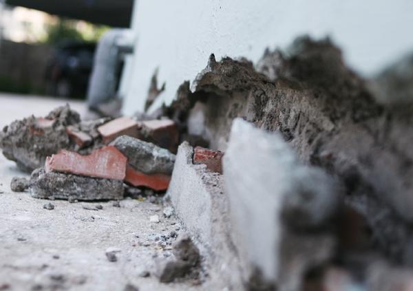 Hà Nội: Hàng nghìn cư dân chung cư lo nơm nớp vì nền bị sụt lún nghiêm trọng - Ảnh 8.