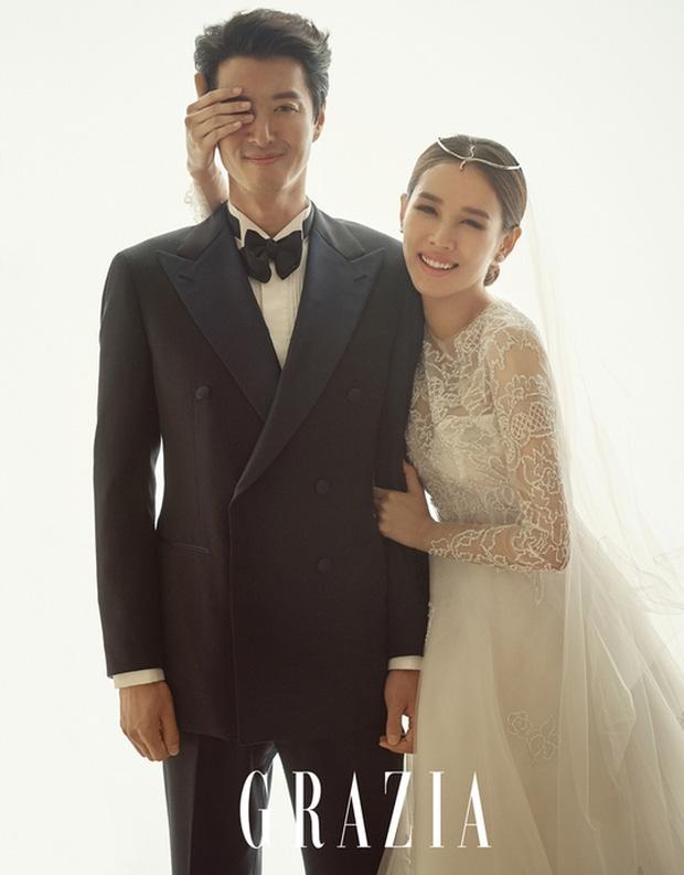 Hết kết hôn chớp nhoáng, cặp con ghẻ Lee Dong Gun và Jo Yoon Hee lại bí mật làm lễ cưới vào hôm nay - Ảnh 1.