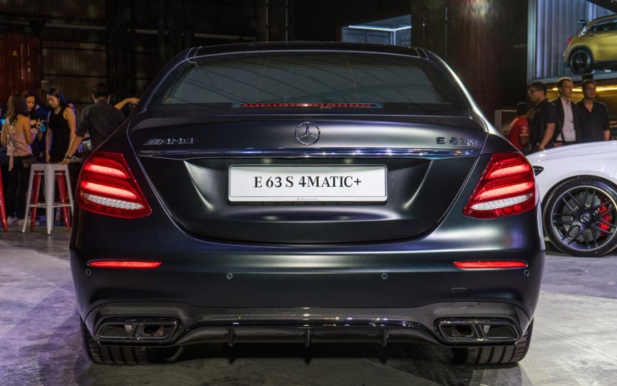 Mercedes-Benz E63 S gia 237.000 USD tai Malaysia hinh anh 5