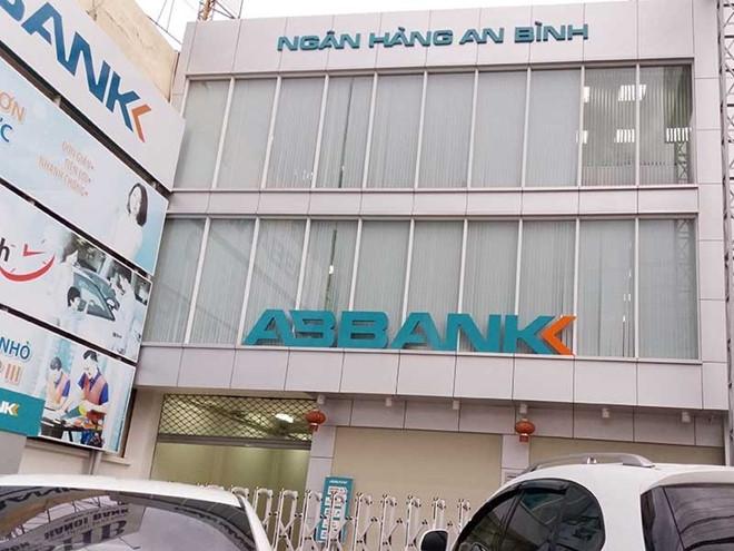 Nguyen Giam doc ABBank-Binh Duong bi bat hinh anh 1