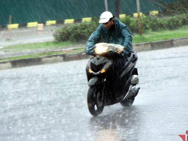 Dự báo thời tiết 30/9: Hà Nội mưa bất chợt, Đà Lạt lạnh 15 độ