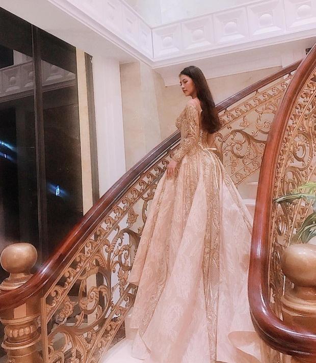 10x xinh đẹp có cuộc sống như công chúa đang cực hot trên Hội con nhà giàu Việt Nam - Ảnh 3.