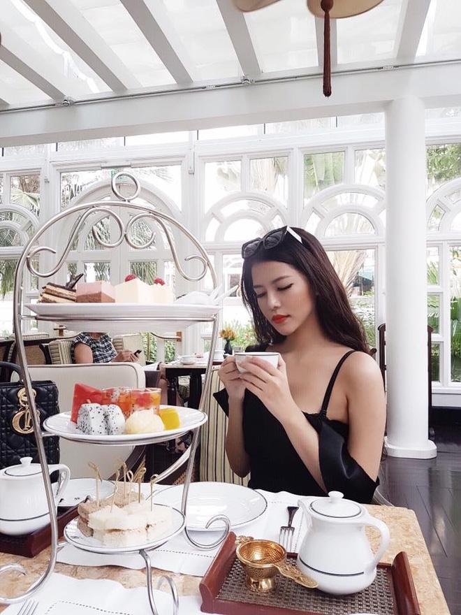 """10x xinh đẹp cực hot trên Instagram """"Rich Kids of Viet Nam"""" vì có cuộc sống sang chảnh như công chúa - Ảnh 4."""