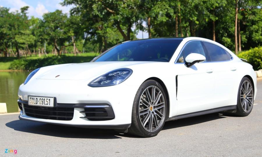 Chat the thao trong mau sedan hang sang Porsche Panamera 4S 2017 hinh anh 1