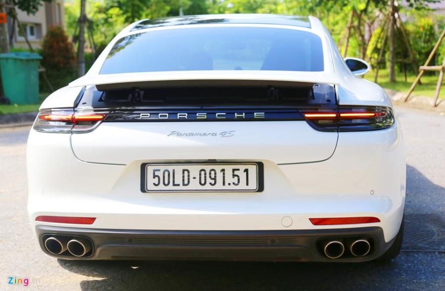 Chat the thao trong mau sedan hang sang Porsche Panamera 4S 2017 hinh anh 8